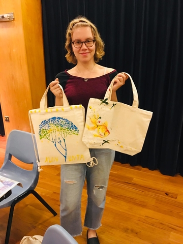 Design Your Own Shopping Bag - final products
