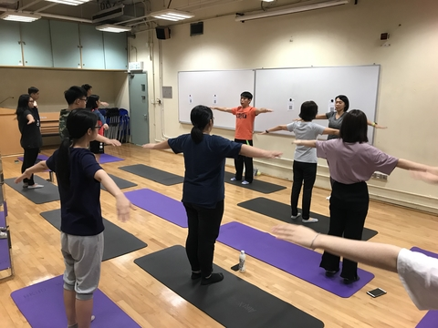 Image of 【Empowering Inclusive Sports】Relaxing Stretching Workout Class 【看不見的活力】 輕鬆自在伸展運動