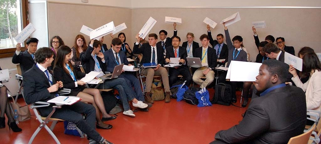 Model United Nations Training Programme 2015-16