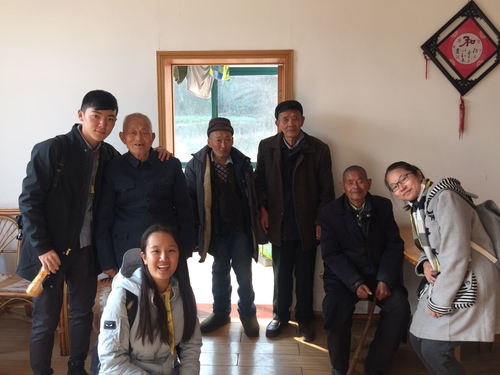 Home visit and listen to the elderly's story